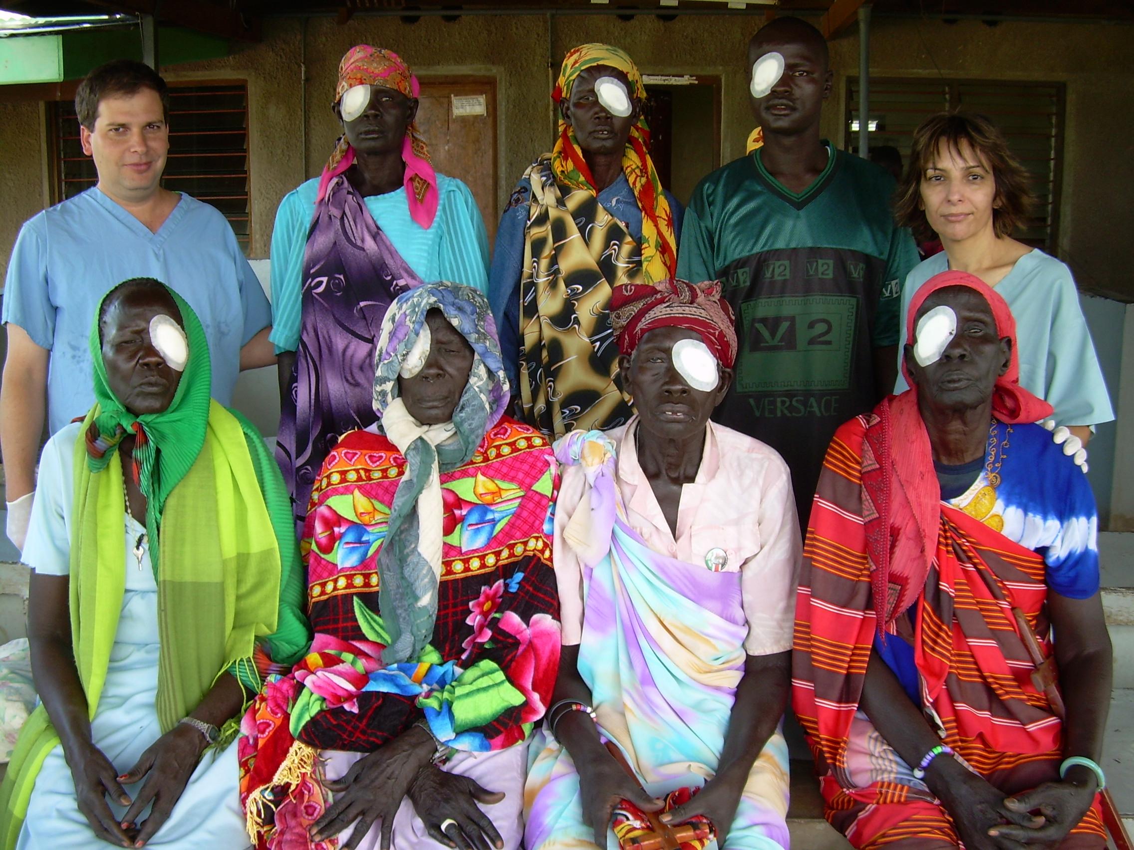 Coopération internationale avec MASHAV : traitement des yeux pour réfugiés du Sud-Soudan au camp Kakuma, Kenya