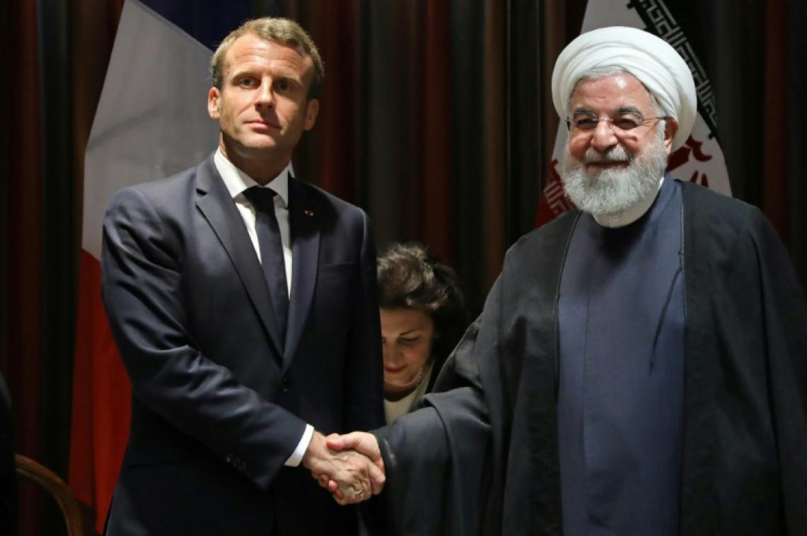 Le président iranien Hassan Rohani (à droite) avec son homologue français Emmanuel Macron en marge de l'Assemblée générale de l'ONU le 23 septembre 2019 à New York