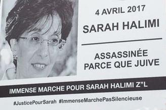 """Panneau lors d'une manifesation pour Sarah Halimi """"4 avril 2017, Sarah Halimi - Assassinée parce que juive"""""""